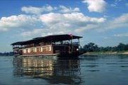 Wat-Phou-cruise-1