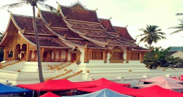 Haw-Pha-Bang-temple-header-1